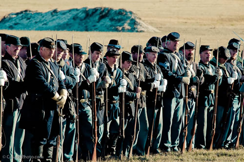US Army Troops Ready for Charge